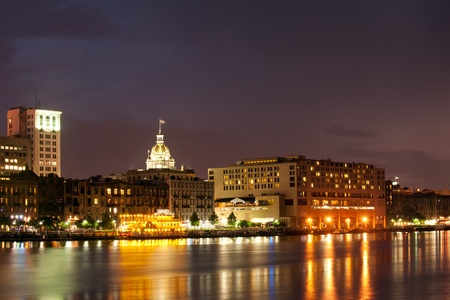 Waterfront Savannah Historic Disctrict at night 免版税图像