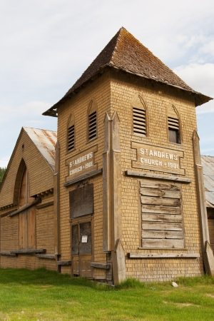 gold rush: St Andrews church from Gold Rush times, Dawson city