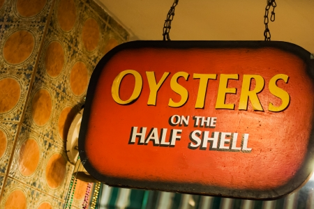 Oysters bar on Bourbon street in New Orleans 免版税图像