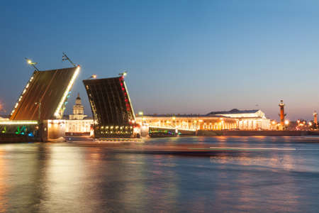 saint petersburg: Iconic Palace  drawbridge with panorama of Vasilievsky Island, Saint Petersburg