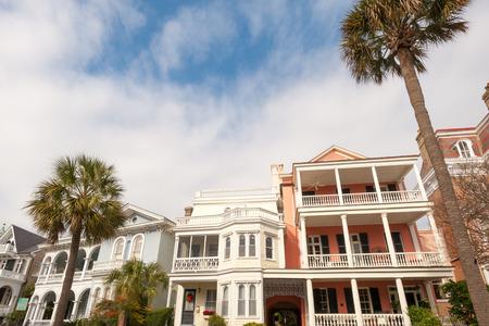 america del sur: Casas históricas a lo largo de la batería st en Charleston, Carolina del Sur Editorial