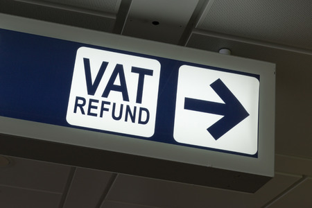 VAT Refund sign in Fiumicino airport, Rome 免版税图像