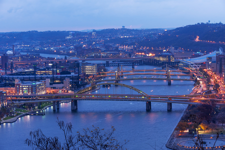 Fort Duquesne and other bridges span Allegheny river between Pittsburgh downtown and North Shore Stock Photo