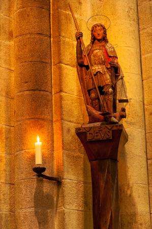 Angel statue inside Mont Saint-Michel abbey, Normandy coast, France Éditoriale