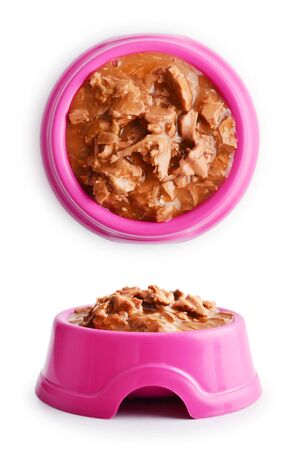 Wet cat food in pink bowl