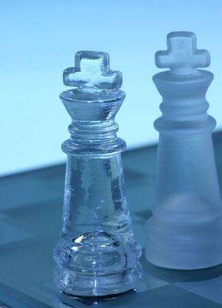 Chess battle between two kings Stock Photo - 335601