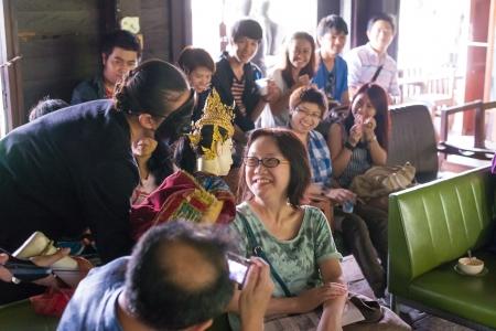 klong: BANGKOK, THAILAND - July 15 : Khon puppet playing with audience at Klong Bang Luang on July 15, 2013 in Bangkok, Thailand