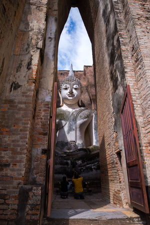 chum: Buddha statue in square hall at Wat Sri Chum,Sukhothai