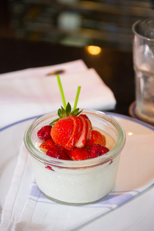 pannacotta: strawberry pannacotta