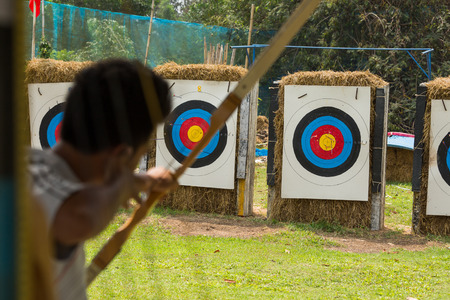 shooting arrow bow to target Stock Photo - 37781002