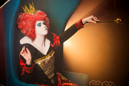 Queen of hearts makes imperative orders