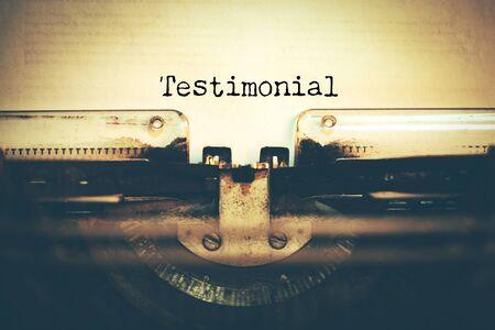 typewriter with testimonial text 스톡 콘텐츠