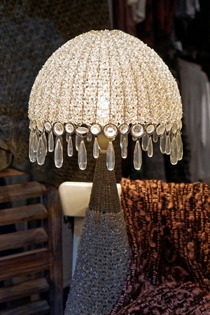 lamp shade: Retro style lamp with crystal shade