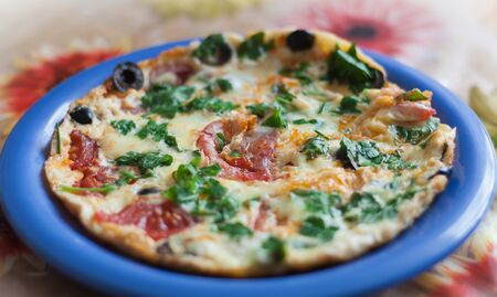 fas: Pizza  with vegetables and olive