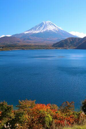 mt: Mt. Fuji and Lake motosu