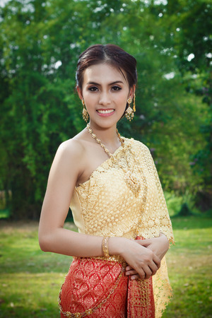 politely: Thai women in tradition costume of Thailand