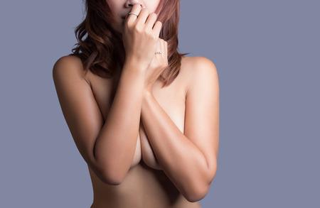 anatomy naked woman: Beautiful slim body of woman in studio
