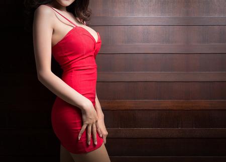 mujeres eroticas: Hermoso cuerpo delgado de la mujer asi�tica Foto de archivo