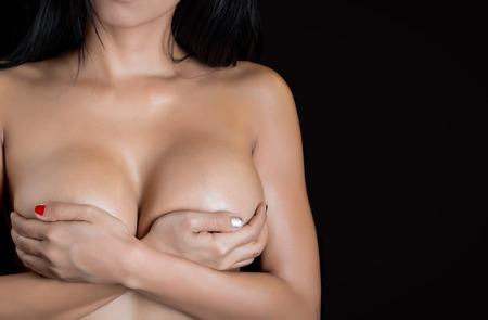 tetas: Cuerpo de mujer sexy - tiro del estudio