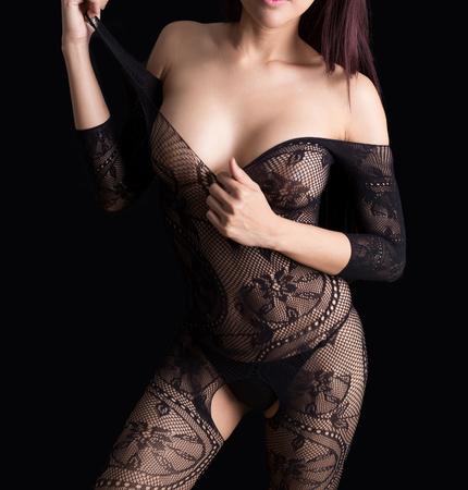 Mooi slank lichaam van vrouw in studio