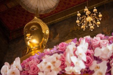 Wat Ratchanaddaram Buddha photo