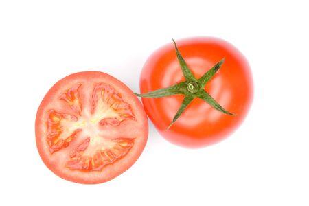 Tomates isolés sur fond blanc.