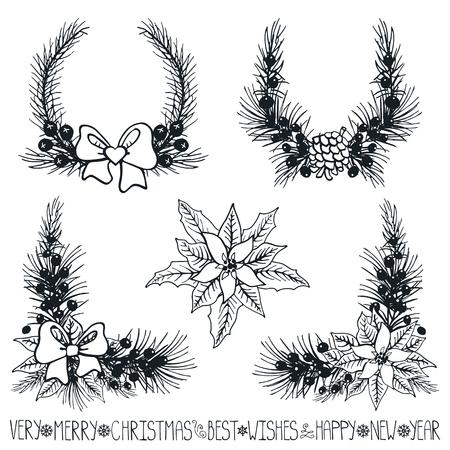 Vrolijke Kerstmis en Nieuwjaar decoationr set. Grove dennenboom takken, Poinsettia bloemen, dennenappels, bessen, holly, linten met belettering, vakantie samenstelling, krans silhouette.Vector Illustration.Isolated Stockfoto - 69109540