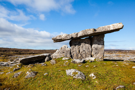 ireland: ancient dolmen grave in the west of ireland Stock Photo