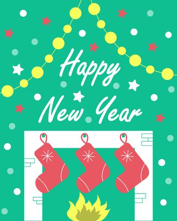 La carte du nouvel an avec une cheminée et des cadeaux. Fond vert