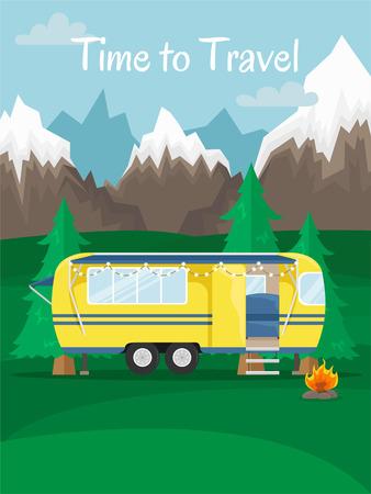 Retro-Haus auf Rädern für unterwegs. Auto reisen. Flache Vektorgrafik. Wohnmobil in den Bergen. Zeit zu reisen.