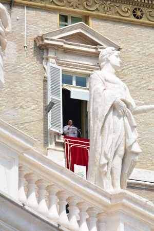 mario: ROME, ITALY APRIL 19: Pope Francis (Jorge Mario Bergoglio) Audience and Angelus at Saint Peter?s Square on April 19, 2015 in Rome