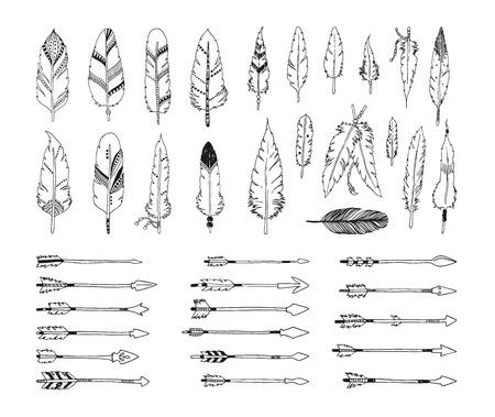 Hand getrokken tribale collectie met pijlen en veren