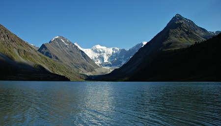 Mountain lake Ak-kem, Altai, Russia Stock Photo - 5678520