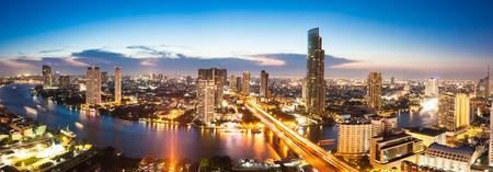 河在曼谷市,全景景觀 版權商用圖片