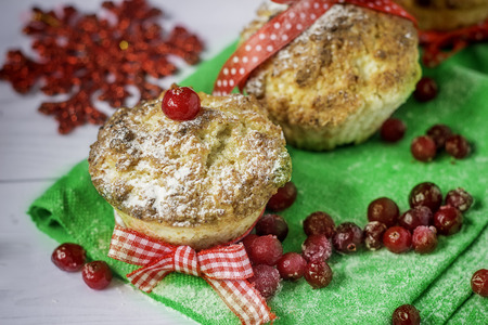 pain: cupcakes with cranberry on the Christmas Banque d'images