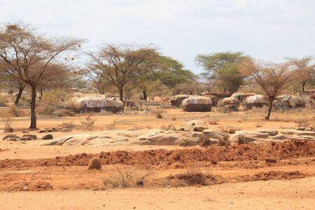 Marsabit, Kenya - January 16, 2015: The traditional dwellings of the huts of the Samburu tribe in northern Kenya, near the border with Ethiopia. Banco de Imagens