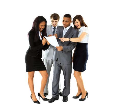 office break: Longitud total de los profesionales de negocios exitosas discutir durante las vacaciones de la oficina