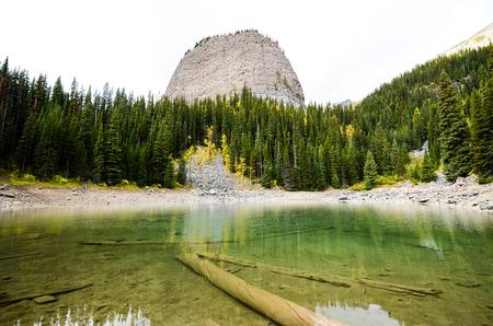 rockies: ???????????????????????????????Mirror Lake and Big Beehive in Autumn, Canadian Rockies