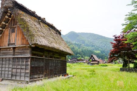 sho: 世界遺産・春の白川郷(岐阜県) Shirakawa-go in the Spring, UNESCO World Heritage Sites, Japan Stock Photo