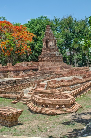 discover: Discover old pagoda