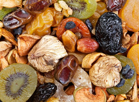 ciruela pasa: Mezcla de frutos secos con ciruelas y pasas