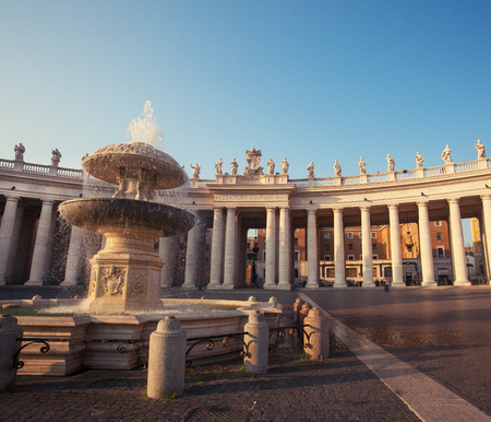 Cathedral of St Peters. fountain in the Plaza of St.Peters, Vaticano, Italy, Rome
