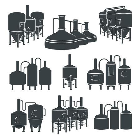 Conjunto con elementos de fábrica de cerveza, iconos, logotipos, elementos de diseño. proceso de elaboración, producción de cerveza, elementos de producción de la fábrica de cerveza, elaboración de la cerveza tradicional. Vector