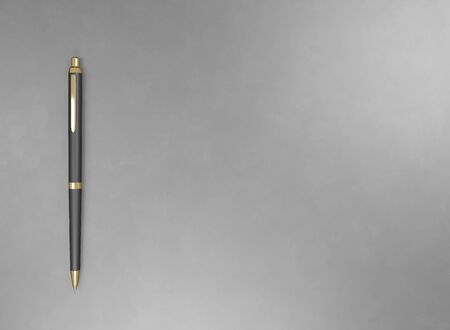 Pen - expensive gold metal and plastic. Background for advertising promotion text. 3d render illustration with copy space. Mock up wallpaper branding. Office stationery for signing business contacts Stockfoto - 131785400
