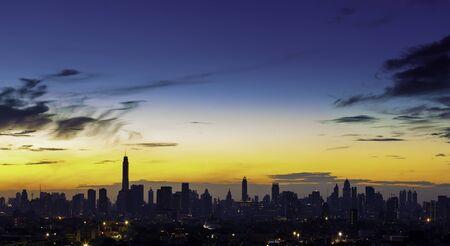 Zonsopgang bij stad van Bangkok, Thailand
