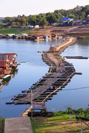 sangkhla buri: Wooden raft and wood bridge at Sangkhla buri, Thailand.