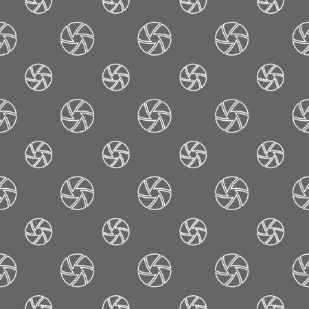 shutter: seamless pattern with camera shutter