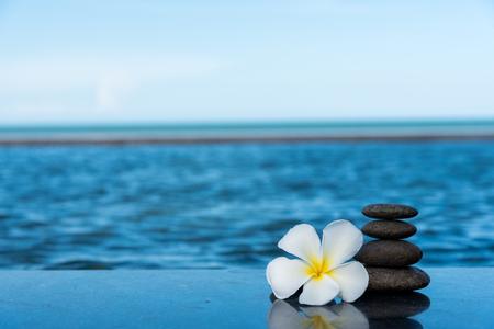 From spa stones make Balances pyramids.