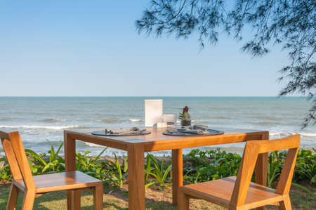 beach front: beach front dinner table