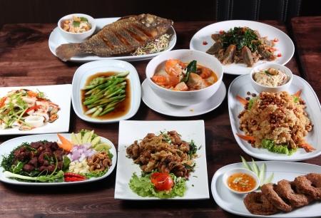 chinesisch essen: Set der Thai-Küche beliebt Menü